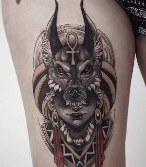 Tatuajes egipcios de Anubis