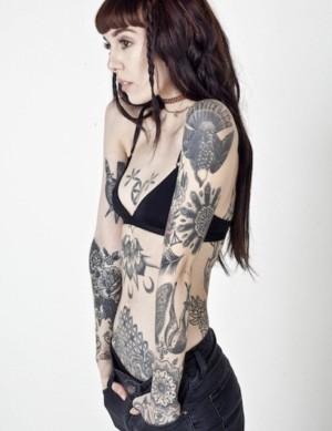 Hannah-Pixie-Snowdon. tatuadoras famosas