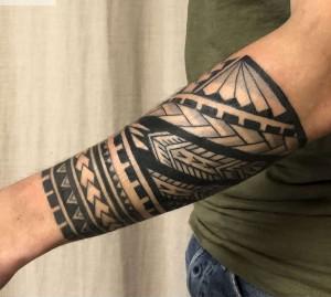 diseño de tatuaje maori