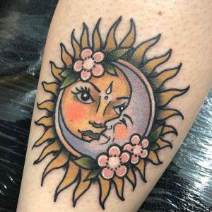 Tatuaje de sol y luna
