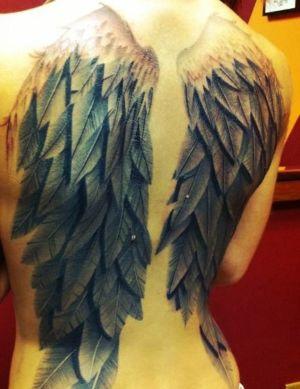 tatu de alas