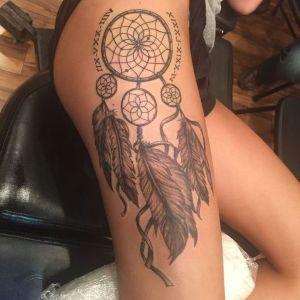 tatuaje de atrapasueños para mujer