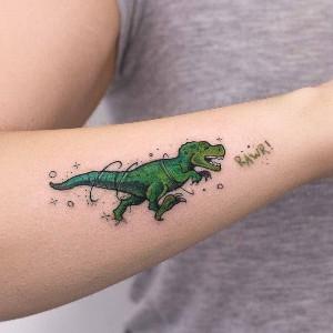 tattoo en antebrazo para mujer