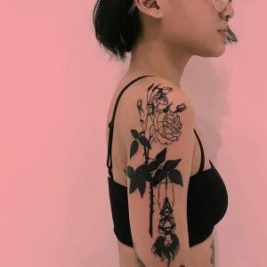 tattoo para mujer en brazo