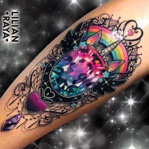 tatuaje de diamante unicornio