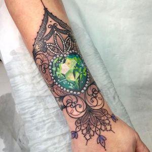 tatuaje de diamante verde