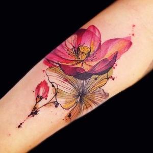 tattoo bonito de flor