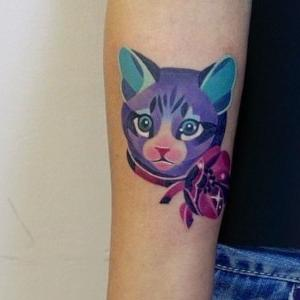 tatuaje de gato a color