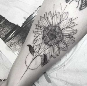 tatuaje de girasol negro