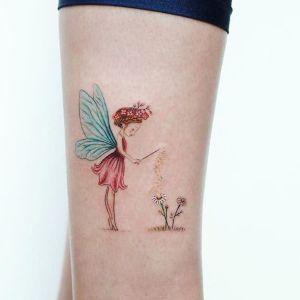 tatuaje fino de hada