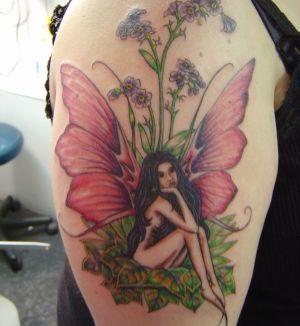 tatuajes finos de hadas
