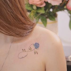 tatuajes femeninos de infinitos