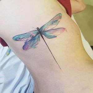 tatuajes de libelulas