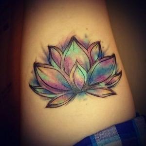 ideas de tatuajes de flor de loto