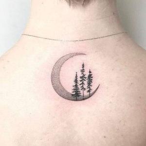 tatuaje puntillismo luna