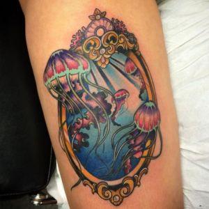 tatuaje ols school de medusa