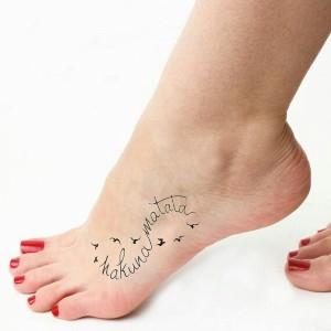 tatuaje con nombre para mujeres