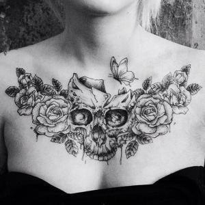 tatu para mujeres en el pecho