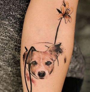 tatuaje fino de perro