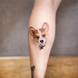 tatuaje pequeño de perro