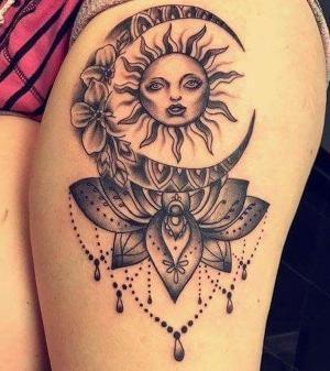 tatuaje chido en el muslo