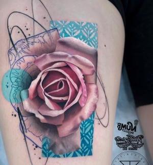 los mejores tatuajes de rosas para mujeres