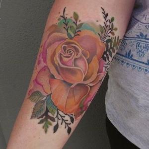 tatuaje de rosa naranja
