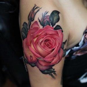 tatuaje para mujer de rosa